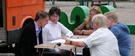 07-osc-08-09-docu-eil-aan-tafel-05.jpg