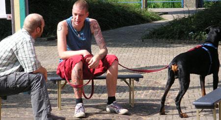 07-osc-08-17-docu-eil-aan-tafel-01.jpg